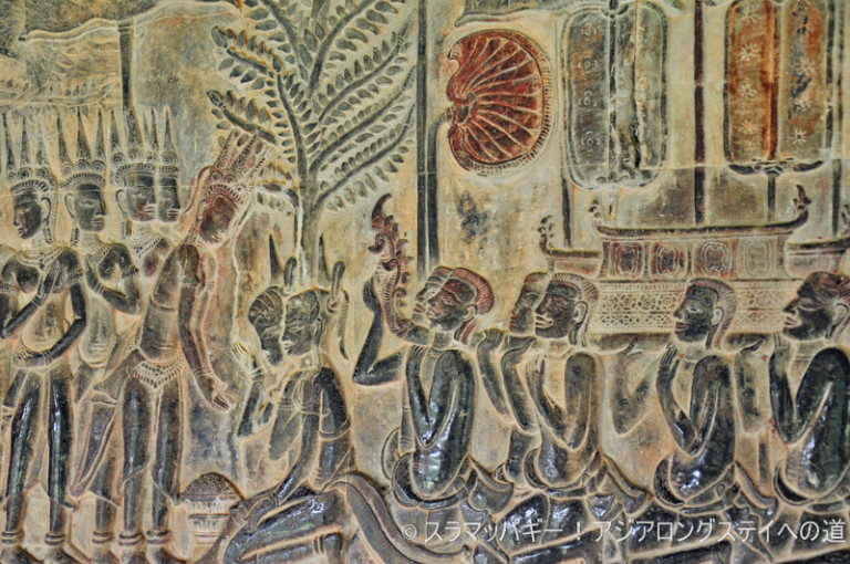 The third Angkor Wat sees the world of murals.